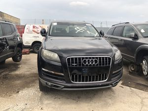 Parting out parts for 2011 AUDI Q7 for Sale in Chicago, IL