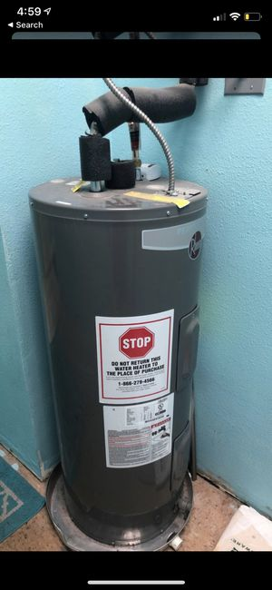 Water heater for Sale in Clovis, CA