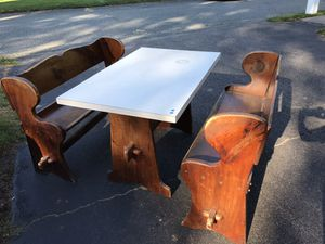 Breakfast Nook Table and Benches for Sale in Kingston, MA