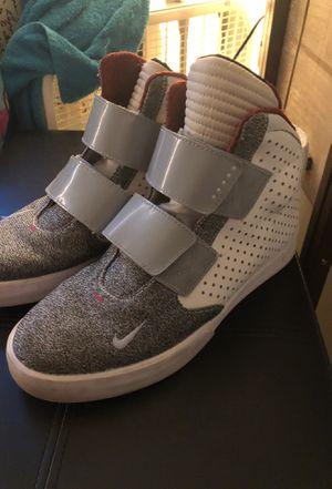 Nike Flystepper Sneakers Shoes 2K3 Size 8 for Sale in UNIVERSITY PA, MD