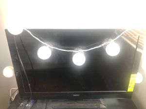 Tv brand seiki 32 inch for Sale in Schiller Park, IL