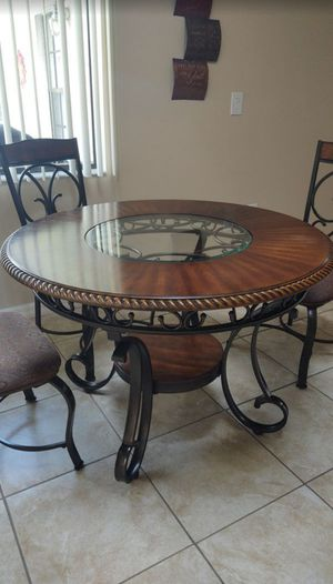 Kitchen Table for Sale in St. Cloud, FL