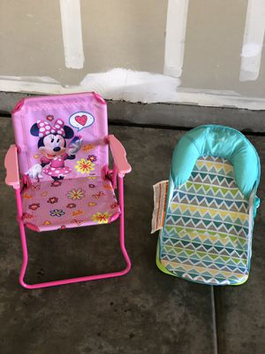 Kids chair & baby bath seat for Sale in Fresno, CA