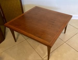 Beautiful Mid-Century Walnut Coffee Table With Inlaid Detailing and Sculptured Legs for Sale in Denver, CO