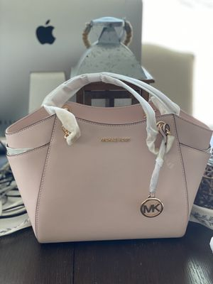 Michael kors bag for Sale in Chicago, IL