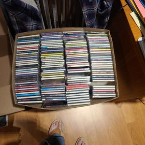 CDs 192 Various for Sale in Sacramento, CA