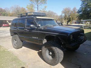 1998 XJ Jeep Cherokee 4WD Black for Sale in Haltom City, TX