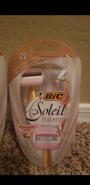 Bic Soleil Balance Razors for Sale in Phoenix, AZ