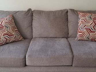 QUEEN SLEEPER SOFA BED With Sealy Royal Queen Matress for Sale in Dallas,  TX