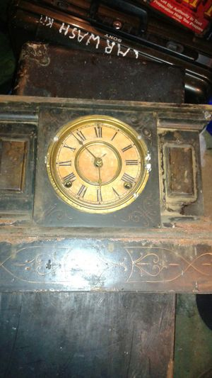 Old clock possibly antique for Sale in Baltimore, MD