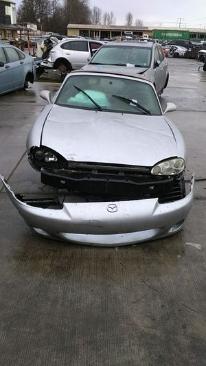Parting out 2001 Mazda Miata for Sale in Kent, WA