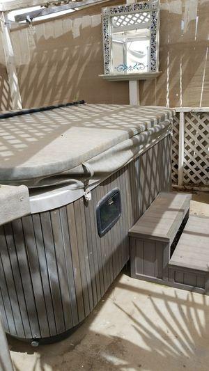 Hot tub for Sale in Dinuba, CA