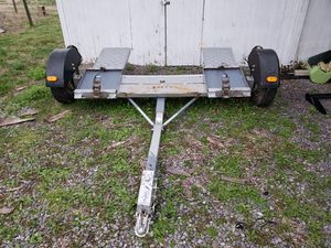 Tow dolly with surge brakes for Sale in Nashville, TN