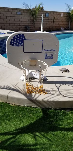 Pool basketball hoop pick up in perris serious buyers please don't ask if you not interested for Sale in Menifee, CA