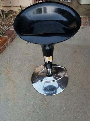 Gas lift Bar stool for Sale in Los Nietos, CA