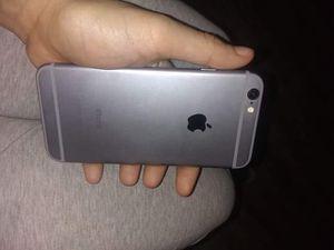 Unlocked Silver iPhone 6 for Sale in Wichita, KS