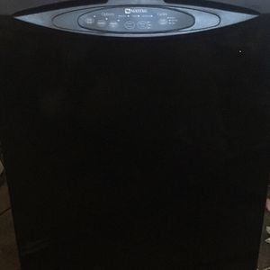 Maytag Dishwasher (black) for Sale in Hutchinson, KS