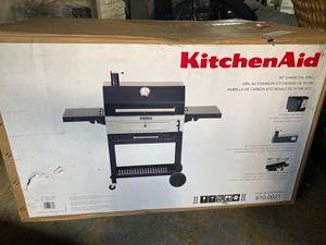 "KitchenAid 30"" charcoal grill for Sale in Preston, MD"
