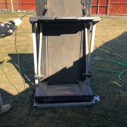 Treadmill for Sale in Wapato,  WA