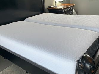 Puffy Lux Hybrid Split King Of 2 Twin XL Mattresses (mattresses Only) for Sale in Seattle,  WA