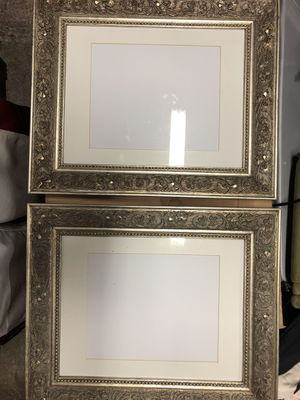 """(2) 10""""x8"""" picture frames for Sale in Orangevale, CA"""