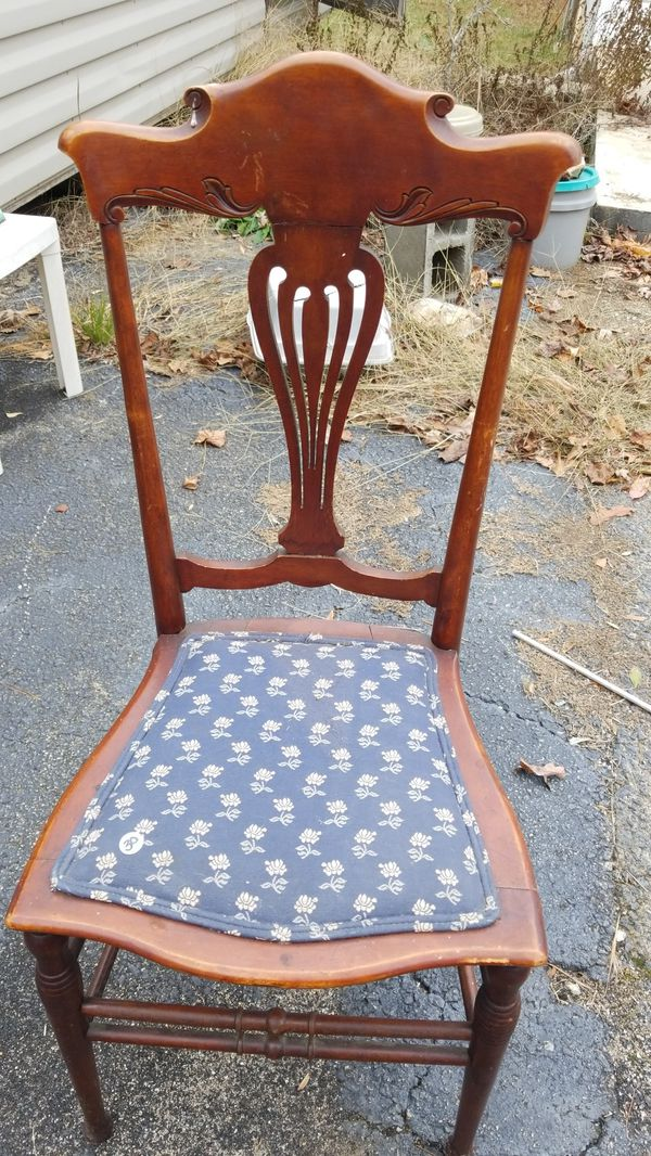 Nice Chair For Sale In Fountain Inn Sc Offerup