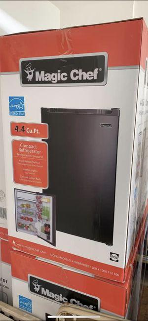 Mini fridge (Brand new) for Sale in Atlanta, GA