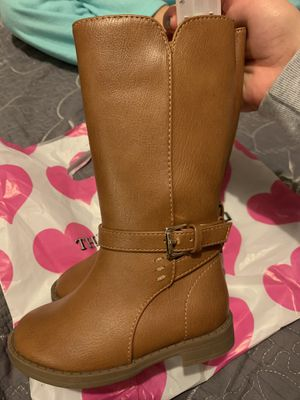 Size 5t girl boots for Sale in Anaheim, CA