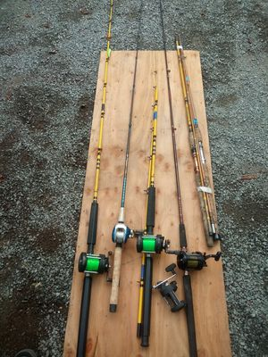 2 brandnew eagle claw star fires, cabelas tourney, 3 more older eagle claws, fishing tackle for Sale in Seattle, WA