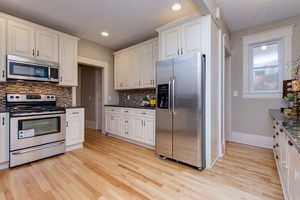 Kitchen cabinets for a 10x10 kitchen for Sale in Miami, FL