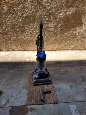 Dyson DC 33 for Sale in Gardena, CA