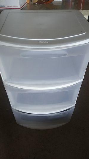 Three drawer large plastic storage for Sale in Orlando, FL