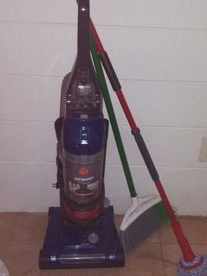 Hoover Rewind vacuum for Sale in New Port Richey, FL