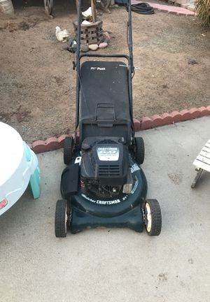 Free craftsman lawnmower/doesn't start for Sale in Lakeside, CA