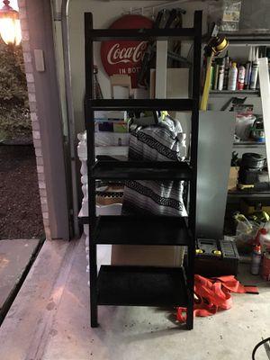 Black Ladder Shelf for Sale in Wylie, TX