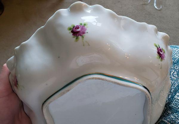 Antique Gilt Nippon Bowl Hand painted porcelain Gold Gilded