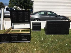 Queen bed frame, dresser and 2 night stand for Sale in West Valley City, UT