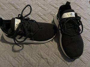 addidas shoes for girl for Sale in Lynwood, CA