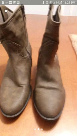Leather Boots for Sale in Glen Burnie, MD