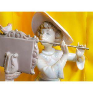 Lladro #6093 Songbird Vintage Retired Porcelain Figurine by Regino Torrijos for Sale in Normandy Park, WA