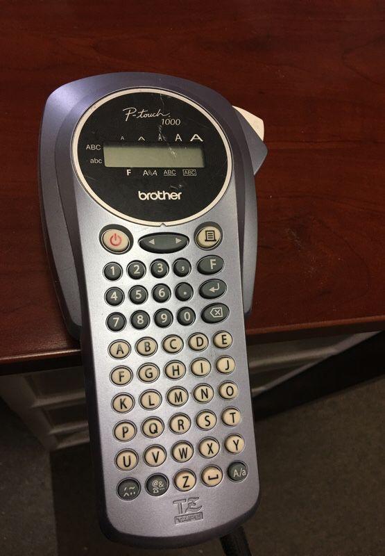 Brother PT-1000 Handheld Labeler