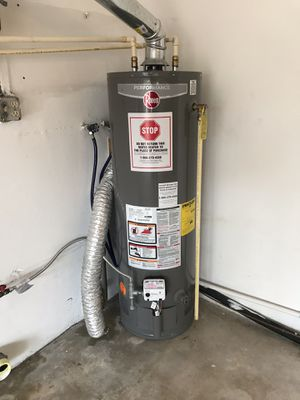 Water heater- Gas for Sale in Miami Gardens, FL