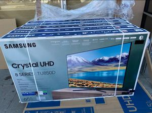 "65"" Samsung Smart 4K UHD Led HDR tv 2160p Crystal Clear 8 series for Sale in Perris, CA"