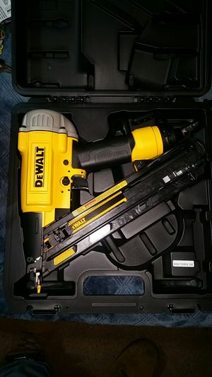 15 Guage dewalt nailgun for Sale in Seattle, WA