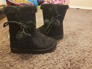 Toddler girl snow boots for Sale in DeSoto, TX