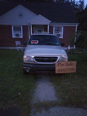 2000 Ford Explorer XLT for Sale in Plainville, CT