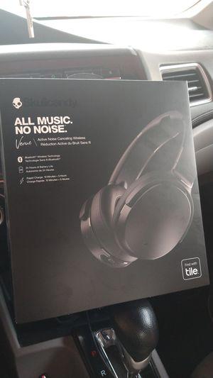Skullcandy wireless/bluetooth Venue headphones for Sale in Buena Park, CA