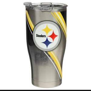 Pittsburgh Steelers ORCA 27oz Double Stripe Wrap Chaser $35 for Sale in San Dimas, CA