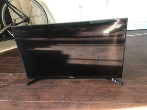 "Samsung tv monitor 32"" for Sale in Los Angeles, CA"