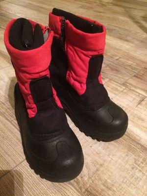 Snow boots ( boats para la nieve )size 1 little kids boy or girl for Sale in Avondale, AZ